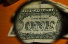 Американский эксперт поведал, как США реагируют на попытку России отказаться от доллара