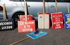 Politico: выходим без сделки или остаёмся — британцам надоели отсрочки брексита