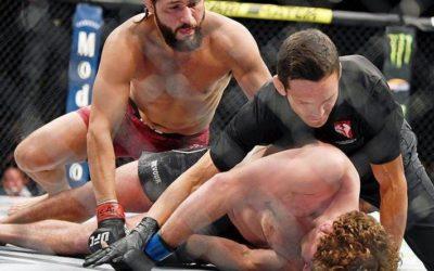 На турнире UFC произошел самый быстрый нокаут в истории. Видео