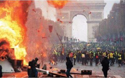 The New Yorker: Что «желтые жилеты» несут Франции и всему миру