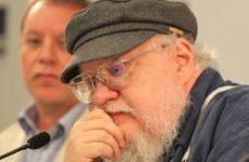 Автор «Игры престолов» поведал о влиянии сериала на окончание романа