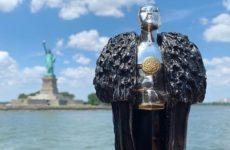 """Джордж Мартин получил якутский """"Оскар"""" от фанатов """"Игры престолов"""""""