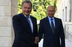 Финский президент начал встречу с Путиным фразой на русском языке