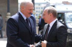 Лукашенко передумал ехать в Польшу из солидарности с Путиным