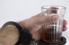 Медики озвучили первый признак алкоголизма