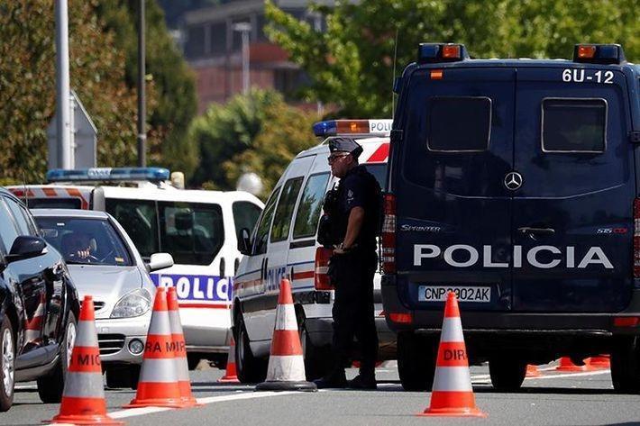 Полиция проводит задержания в соседнем с Биаррицем городе 1