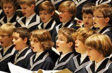 Скандал у германцев: Девочек не берут в хор для мальчиков