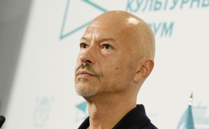 Соседи Федора Бондарчука хотят попросить его закрыть хостел в доме 1