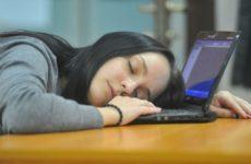 Специалисты поведали, как избежать проблем со здоровьем при сидячей работе