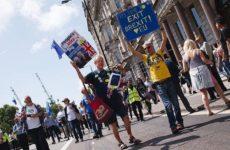 Треть британцев выступает за «твердый» выход страны из ЕС
