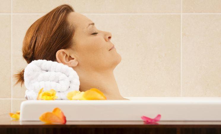 Ученые поведали о пользе горячей ванны перед сном 1