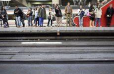 В Испании более 700 поездов отменены из-за бастующих железнодорожников
