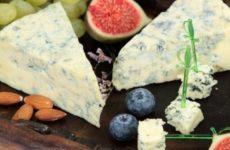 Врач огласила опасные для здоровья виды сыра