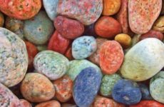 Стало известно, из-за чего люди едят мел, песок и камни