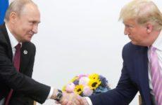Американские журналисты уличили Трампа в «заискивании» перед Путиным