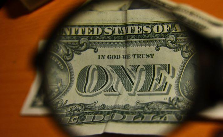 Дефицит бюджета США достиг почти триллиона долларов 1