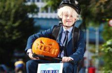 Джонсон стал звездой Хэллоуина в Британии и получил прозвище Брексит Бугимен
