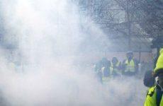 Полиция использовала слезоточивый газ против «желтых жилетов» в Тулузе