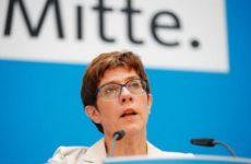 Преемница Меркель прокомментировала ситуацию с Крымом