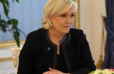 Родственники Ширака не захотели видеть Ле Пен на церемонии прощания