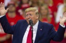 Трамп отвлекает американцев от импичмента «смертью» аль-Багдади, считает эксперт