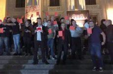 В Грузии актеры устроили протест из-за гастролей российского театра