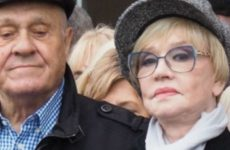 В Интернете появились фото обезображенного пластикой лица Веры Алентовой
