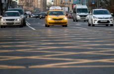 Водительский этикет: Как водители общаются друг с другом на ходу