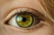 Врачи озвучили опасные болезни, о которых расскажут темные круги под глазами