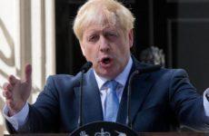 Джонсон сознался, что хотел «сжевать свой галстук» от злости из-за отсрочки Brexit