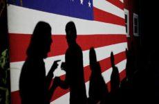 Эксперт: За критическими статьями о России в Европе стоит Америка