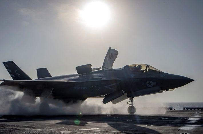 Эрдоган заявил о поиске альтернативы американским F-35 1