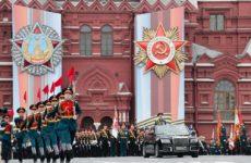 Глава МИД Эстонии посоветовал Кальюлайд не ездить в Москву на 9 Мая