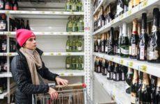 Как не купить «паленое» шампанское на Новый год