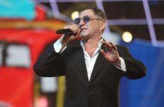 Латвия приостановила продажу билетов на концерты Лепса