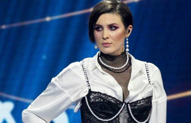 """Maruv отреагировала на скандал с """"лучшей российской певицей"""" на MTV 1"""