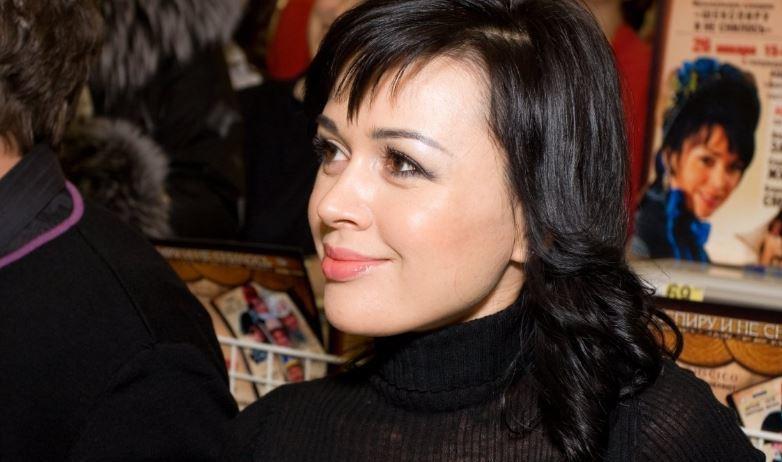 Одна из самых богатых женщин РФ поддержала Заворотнюк и ее супруга 1