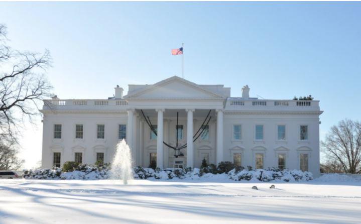 Помощник Трампа сообщил, что США не могут вечно помогать Украине 1