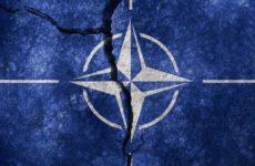 Попытка изгнать из НАТО Турцию из-за операции против курдских боевиков – наказание от Америки