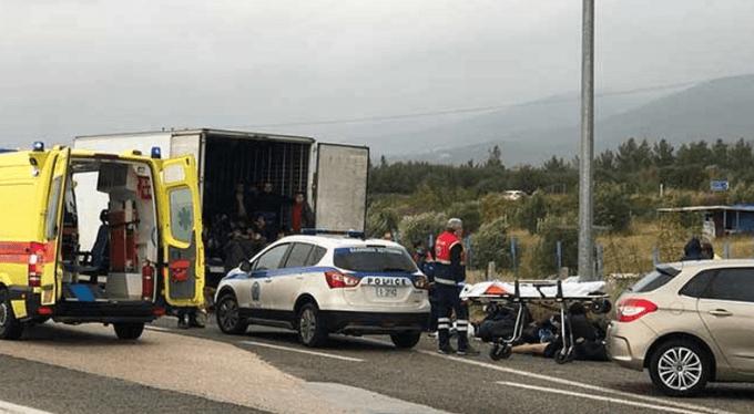 СМИ: В Греции задержали очередной грузовик с десятками мигрантов 1