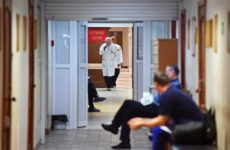 Крах здравоохранения: Россию лишают врачей, москвичей лечат гастарбайтеры