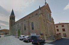 Мэр французской коммуны запретила жителям умирать в выходные
