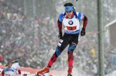 Российский биатлонист Елисеев завоевал бронзу в спринте на этапе Кубка мира