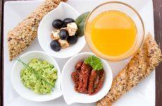 Врачи сообщили о правилах здорового питания для детей
