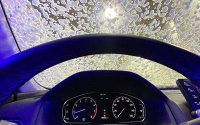 Как быстрее прогреть салон машины зимой