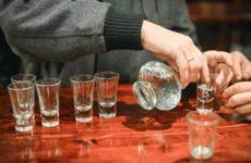 Нарколог озвучил безопасную дозу алкоголя