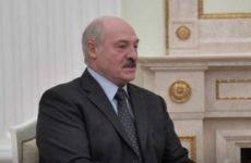 """""""Отвечал грубо"""": Лукашенко решил уйти от вопросов после антироссийской выходки"""