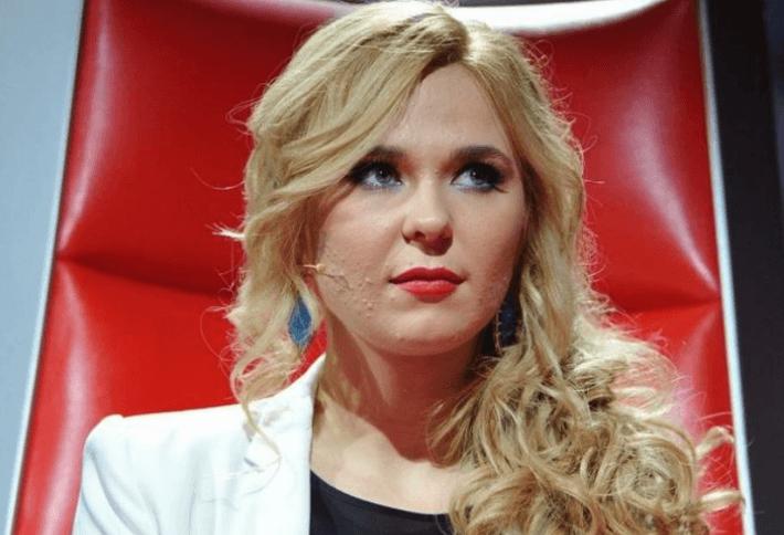 Пелагея разрыдалась во время выступления после заявления о разводе 1