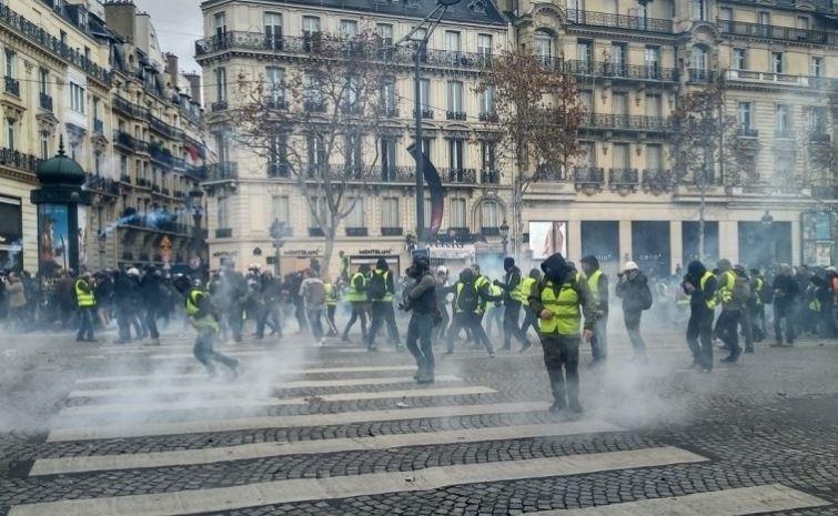 Штаты создают искусственную оппозицию по всему миру для проведения массовых беспорядков 1