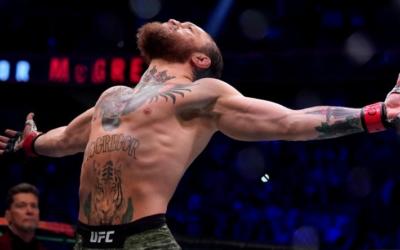 Макгрегор за 40 секунд отправил Серроне в нокаут в бою UFC. Видео
